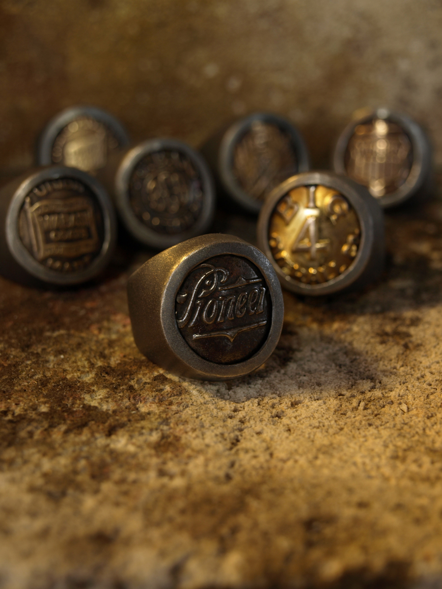 Order : Antique Button's Rings