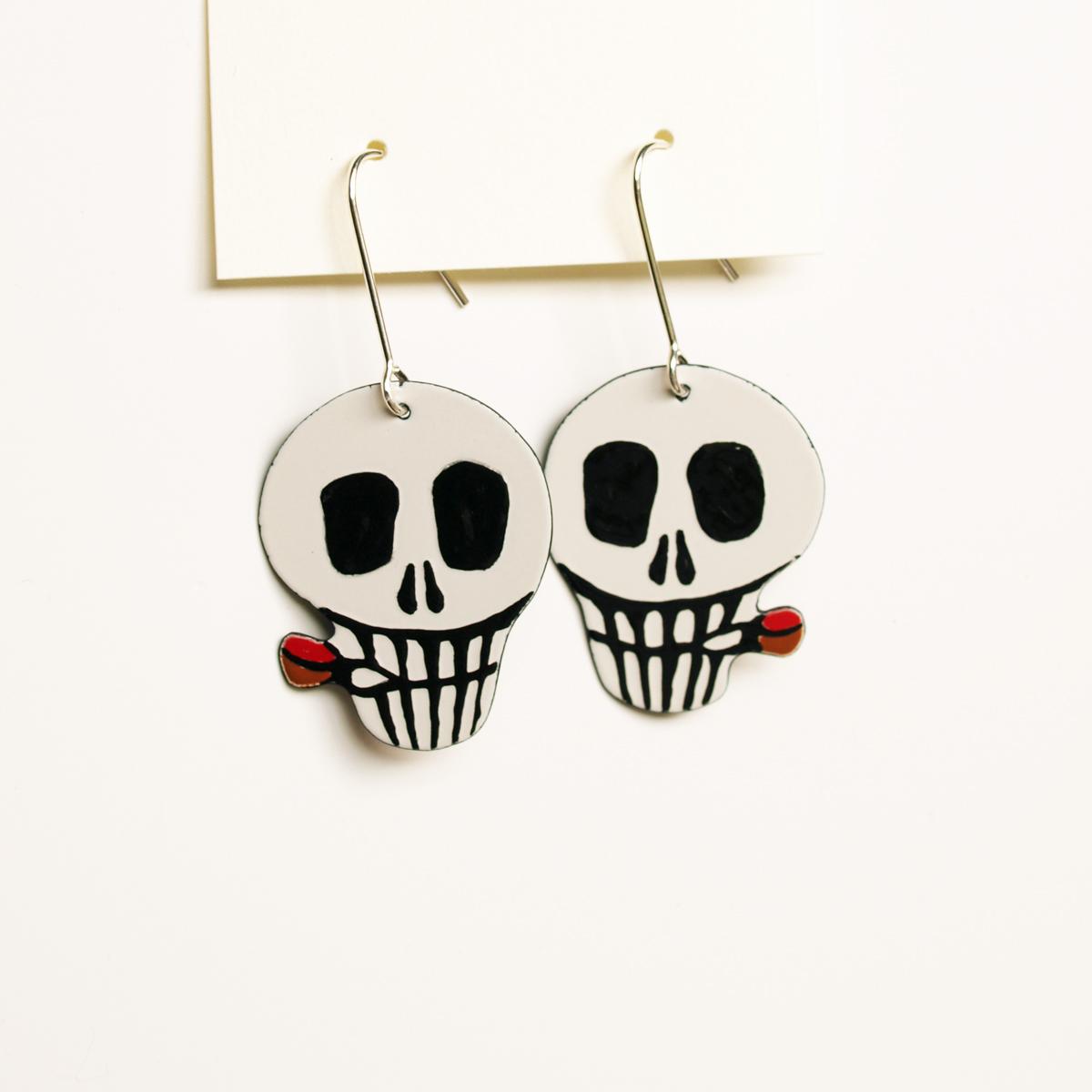 Smoking Skull Earrings