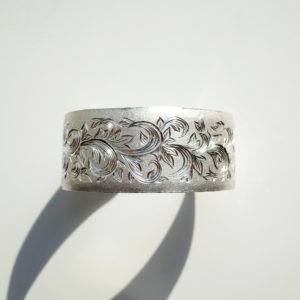Silver arabesque Bangle